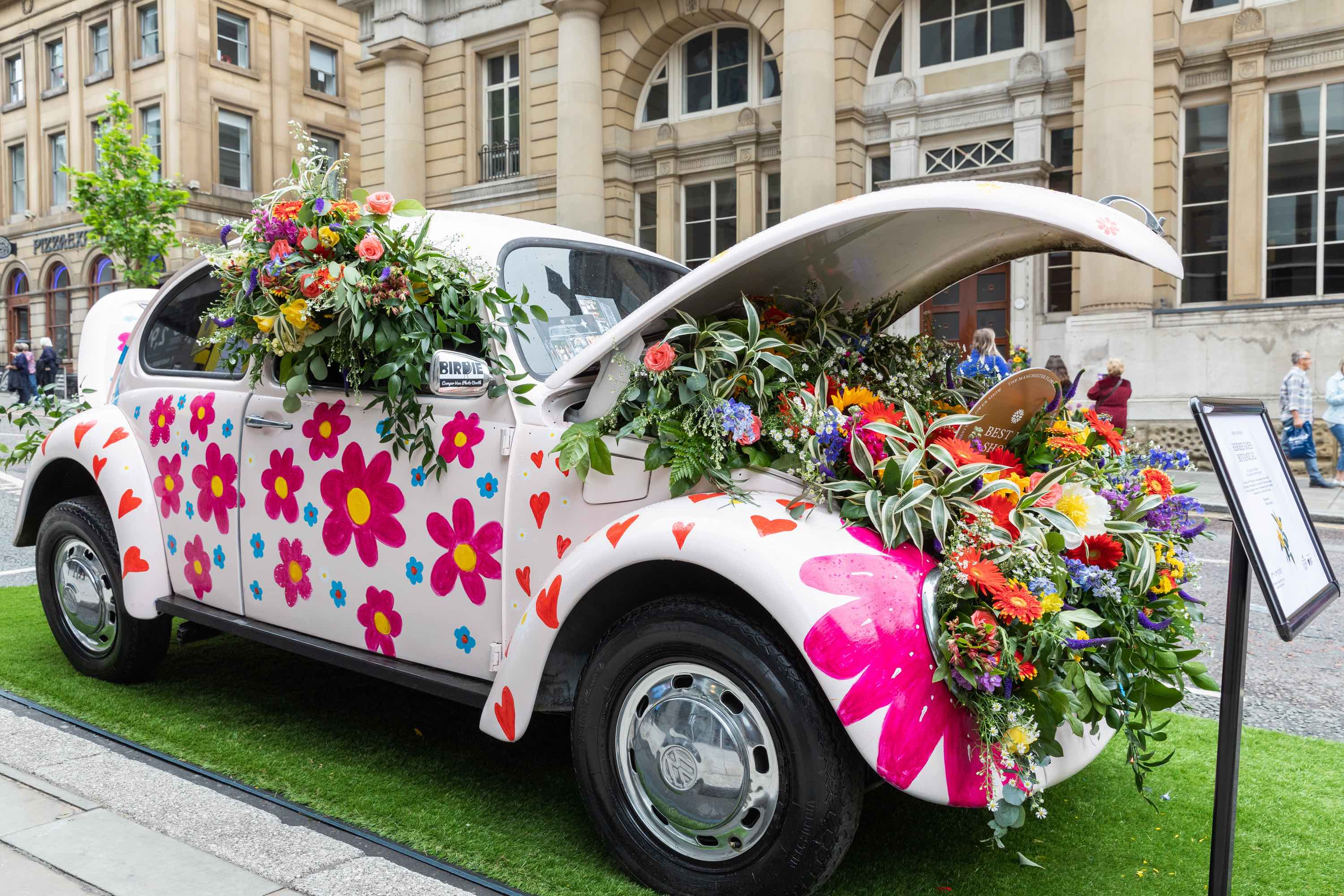 The Manchester Flower Show seeks a wide range of entries