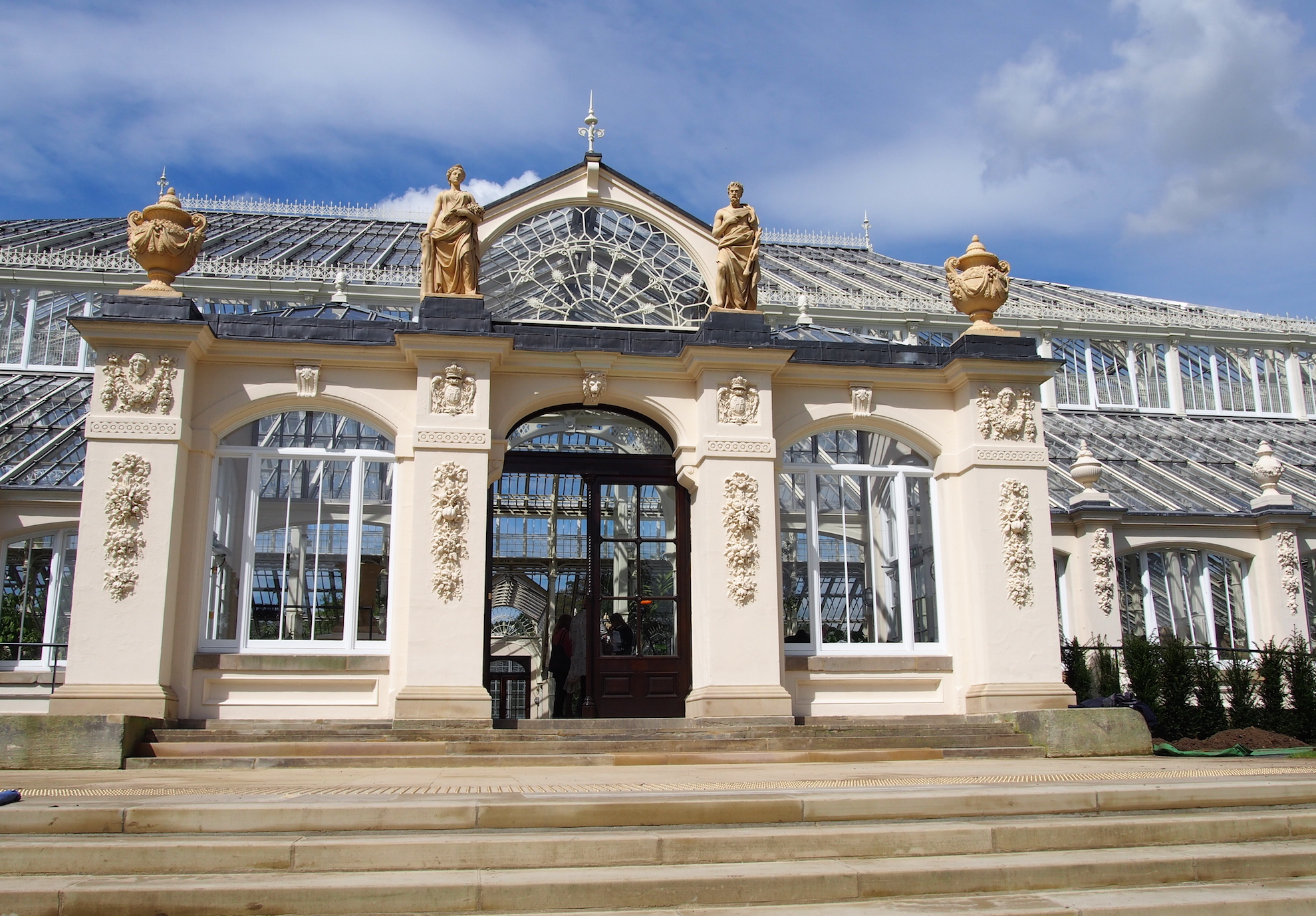 Gardening News: Restoring the Temperate House at Kew