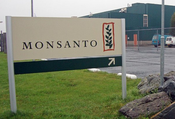 Lawmakers oppose Bayer-Monsanto deal